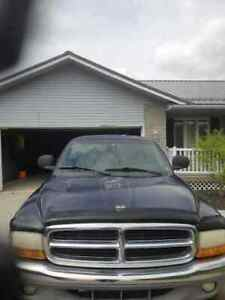 2000 Dodge Dakota 4x4club cab Lady Driven Original owner!