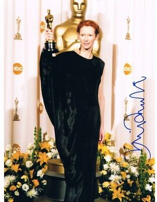 "Tilda Swinton OSCAR genuine autograph photo 8""x10"" siged In Person"