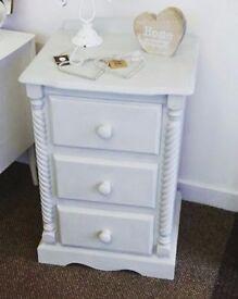 3 drawer unit - Furniture