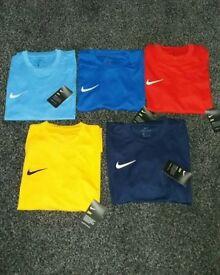 ✔ Original Nike Dri-Fit T-Shirts