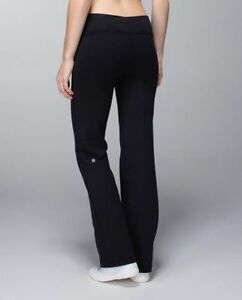 lulu black astro pants! Size 6 regular