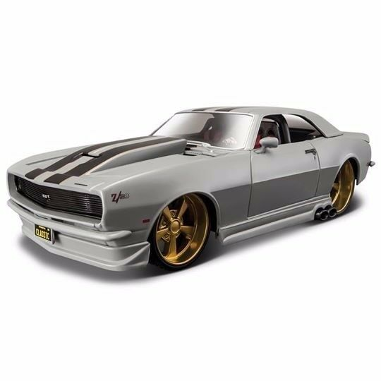 CAMARO Z28 '68' DIECAST 1:24 SCALE. GOLD ALLOYS. TWIN SIDE EXIT EXHAUST
