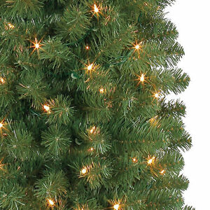 7 FT PRE LIT PENCIL ARTIFICIAL CHRISTMAS TREE WITH CLEAR LIGHTS Oakville / Halton Region Toronto (GTA) image 3