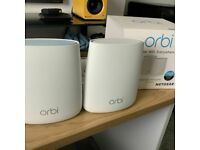 NETGEAR Orbi Tri-band AC2200 Whole Home WiFi RBK20 (Router + Satellight) used