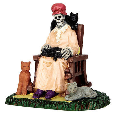 Lemax Spooky Town - Former Cat Lady - NEW (Old Town Halloween)