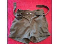 Stylish Green Shorts UK Size 10 Denim & Co