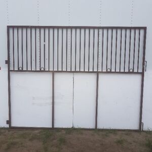 horse stall panels or dog Kennel?