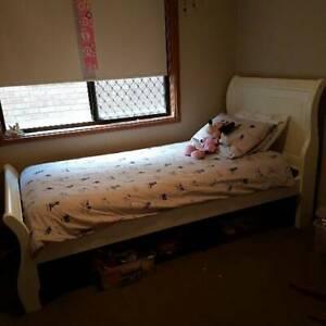 Kids Sleigh Bed