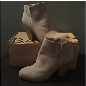 Grey Suede Ankle Boot - Banana Republic