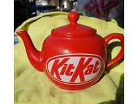 Kitkat teapot
