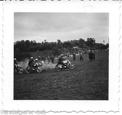 Foto Motocross, Motorräder, Motorradrennen ( Foto Blaurock Unterhausen ) 50er J.