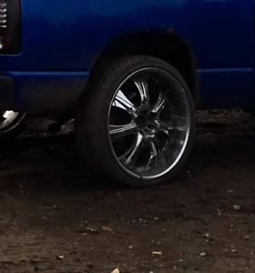26 IN RIMS AND 75% RUBBER 305 45 r 26