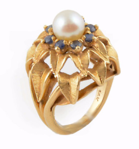 14K Gold Ring with Pearls and Sapphires / 14 Ct Bague en Or