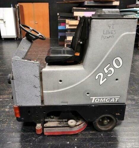 "TOMCAT 250 30"" RIDER AUTO SCRUBBER FLOOR MACHINE"