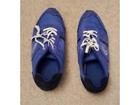 CLARKS BLUE TRAINERS WORN ONCE, EXCELLENT CONDITION! SIZE 5 1/2 G