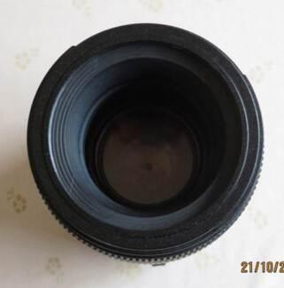 Tamron (Nikon) SP AF 90mm f/2.8 Di Macro 1:1 portraits Lens