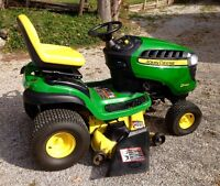 John Deere D140 22HP Lawn Tractor, Only 26hrs, Cart, Sweeper
