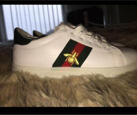 Trainers size 5/6