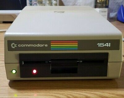 """Commodore 1541 5.25"""" Floppy Disk Drive + cables - Tested and working"""