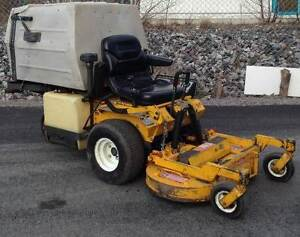 "2004 Walker Mower MTGH3 42"" Deck ( 20hp 14.9KW engine )"
