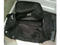 Umbro Sports bag/rolling case