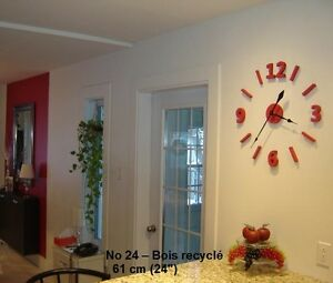 No 24 rouge -horloge murale bois de grange ou recyclé chiffre 3d