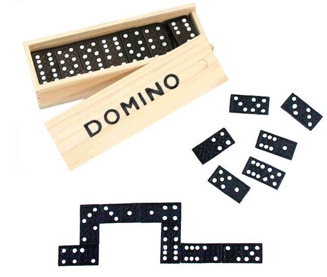 Dominospiel in Holzbox mit 28 Steinen