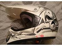 Childrens XTRM Motocross Motorbike Quad Helmet Boys / Girls