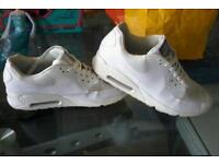 Nike air max hyperfuse size 8