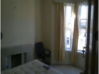 Double Furnished Bedroom in 4 bed house , Roath