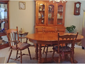 Table Buy Or Sell Dining Sets In Kitchener Waterloo Rh Kijiji Ca