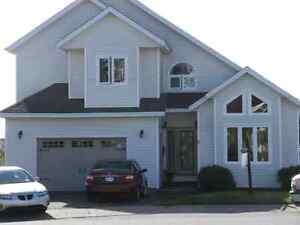 Executive 4 brm house....cowan hgts..MUST SELL