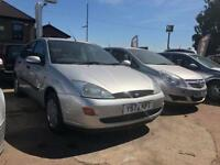 2001 (Y reg) - Ford Focus 1.8 i 16v LX 5dr (sun roof)
