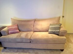 Badass Couch Free for the Taking