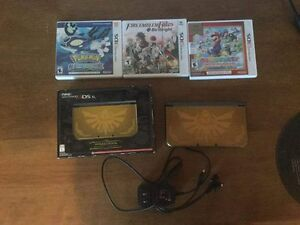 Nintendo 3DS Hyrule Edition w/ games and cord
