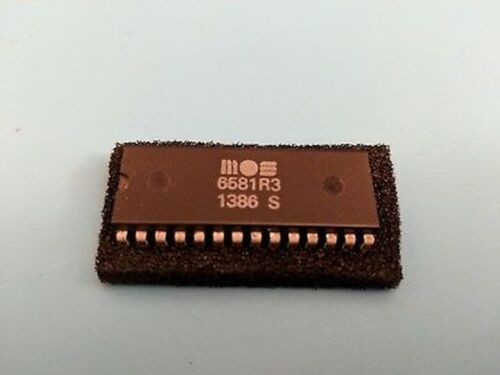 Pulled Working Great Shape MOS 6581R3 SID C64 Commodore 64 / US Seller!