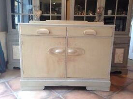 Shabby chic vintage sideboard Annie Sloan