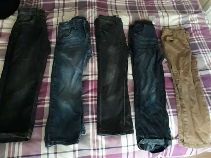 5 pairs Boys jeans size 5-6 years