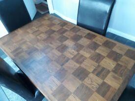 Dark Wood Dinning Room Table & 4 Chairs