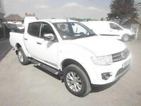 Mitsubishi L200 DCB WARRIOR DI-D 4 X 4 Cloth A/C DIESEL MANUAL WHITE (2014)