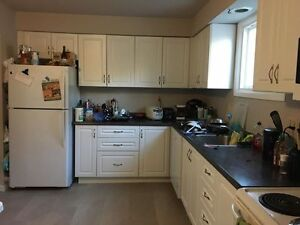 SPRING SUBLET 1 ROOM Kitchener / Waterloo Kitchener Area image 3