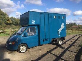 3.5t Ford Transit Horsebox