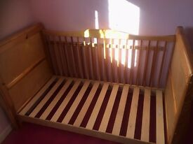Wooden Baby Cot Bed Converts to Toddler Bed + Mattress & Bedding
