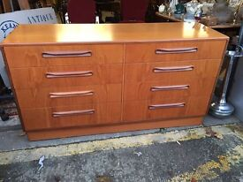 Lovely Retro Mid Century G Plan Chest Of Drawers / Sideboard