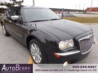 2010 Chrysler 300 Limited - Sunroof - Leather