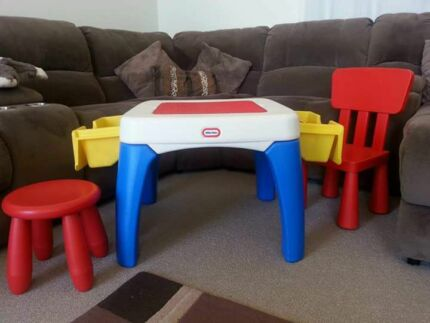 Little tikes lego table Bateau Bay Wyong Area Preview
