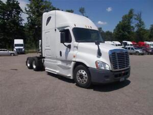 2013 Freightliner Cascadia - Well Maintained!