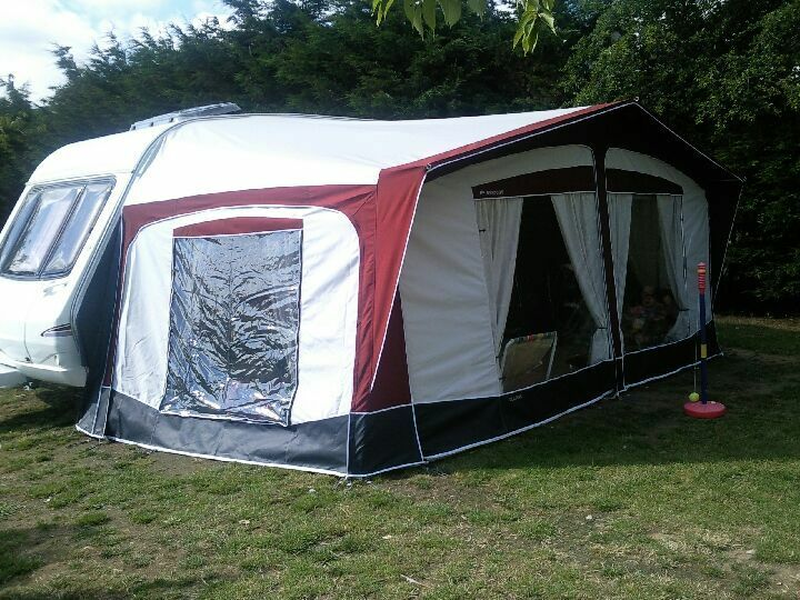 Bradcot Classic Awning Size 945 Superb Condition Used Only ONCE