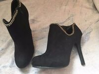2 pairs Ladies size 6 shoes