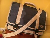 QUICKSILVER large unisex bag *unwanted gift*